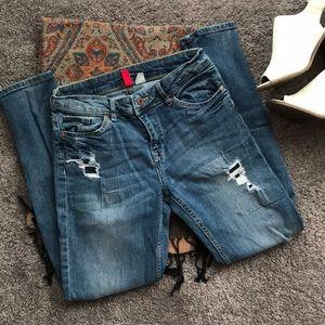 H&M distressed boyfriend jeans